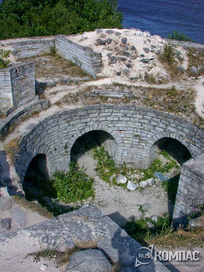 Развалины Раскатной башни