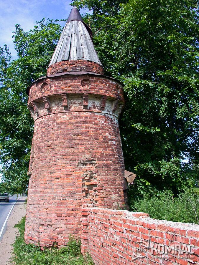 Башня Староладожского Успенского женского монастыря