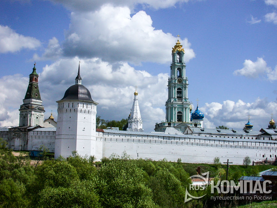 Ограда монастыря