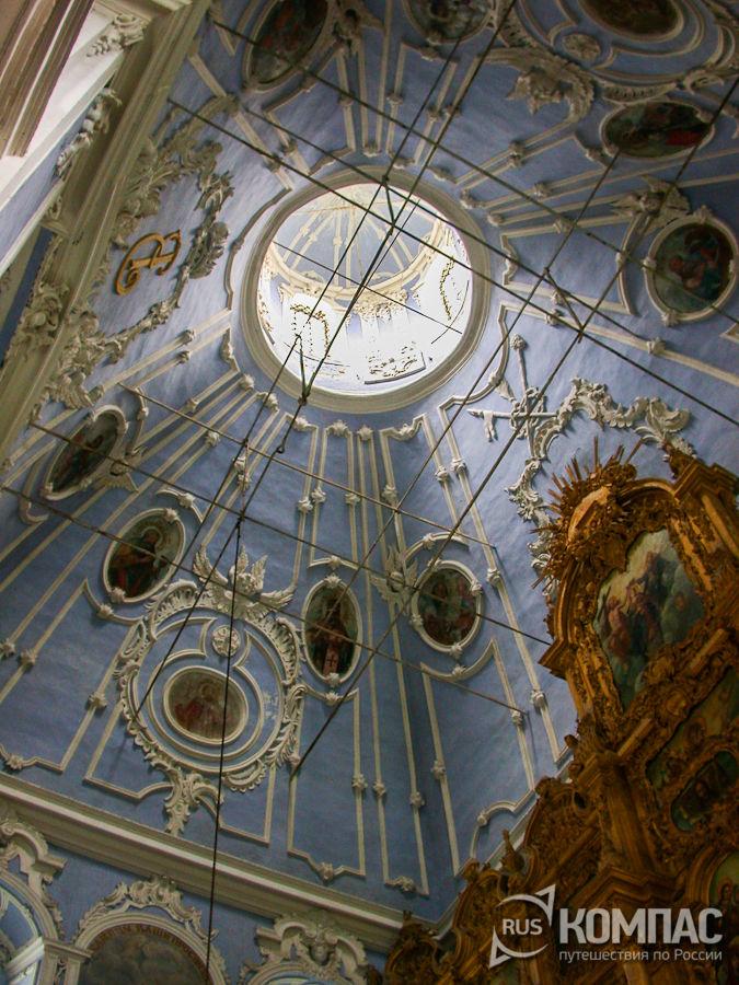 Купол Успенского собора Горицкого монастыря