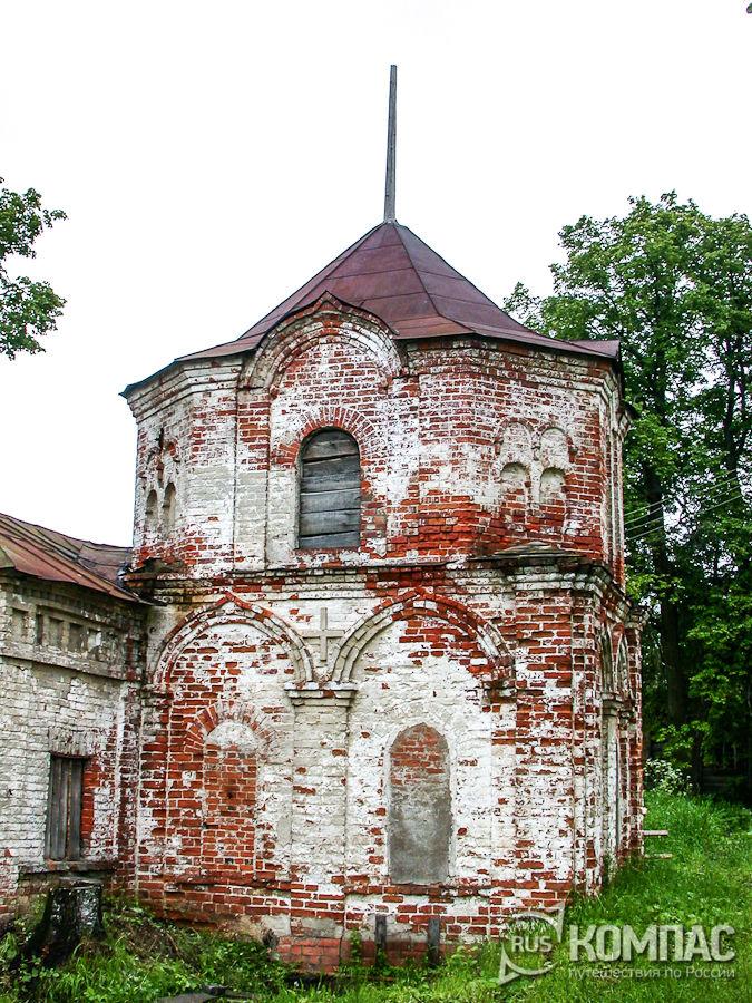 Часовня-колодец Феодоровского монастыря