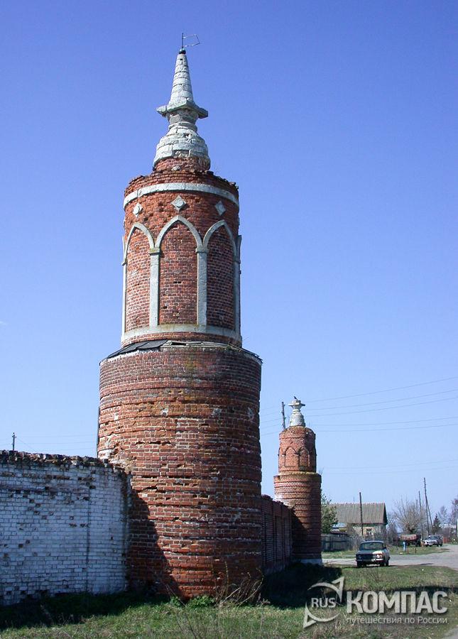Башня ограды Бобренева монастыря