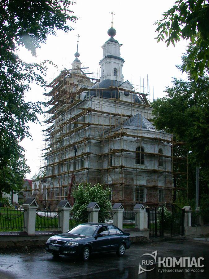 Церковь Троице-Тихвинская