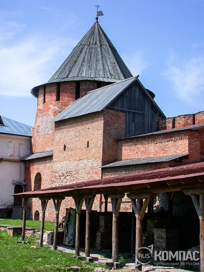 Башня Митрополичья