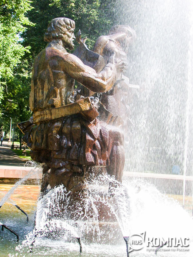 Памятник Садко