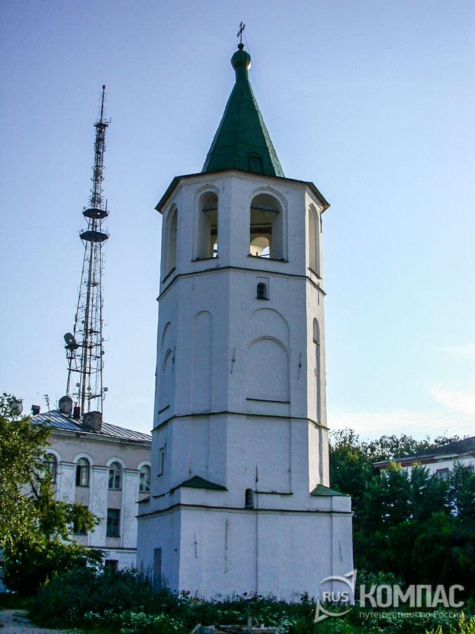 Колокольня церкви Димитрия Солунского