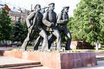 Памятник матросам и красноармейцам Волжской военной флотилии
