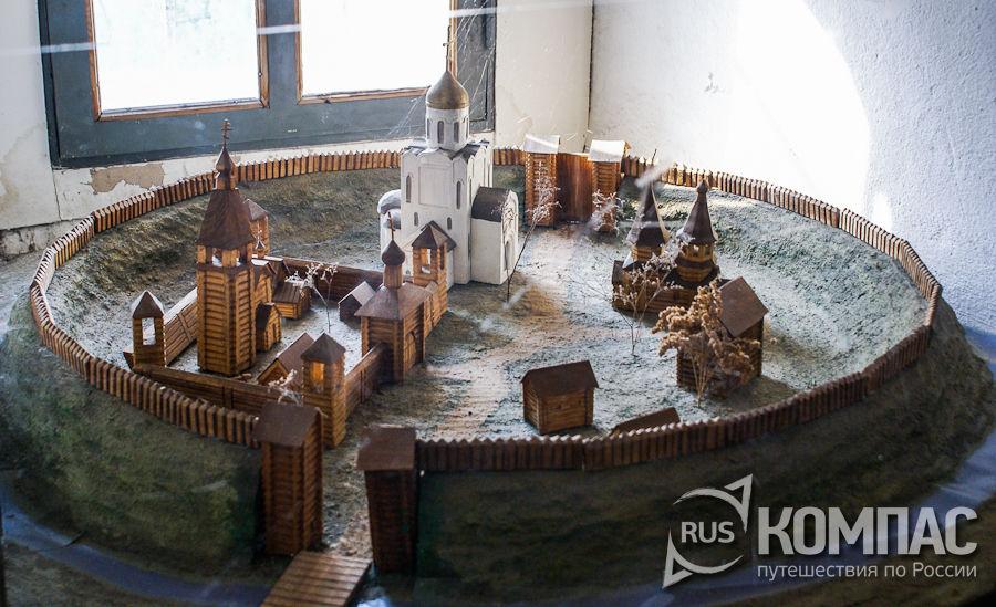 Макет Михайло-Архангельского монастыря
