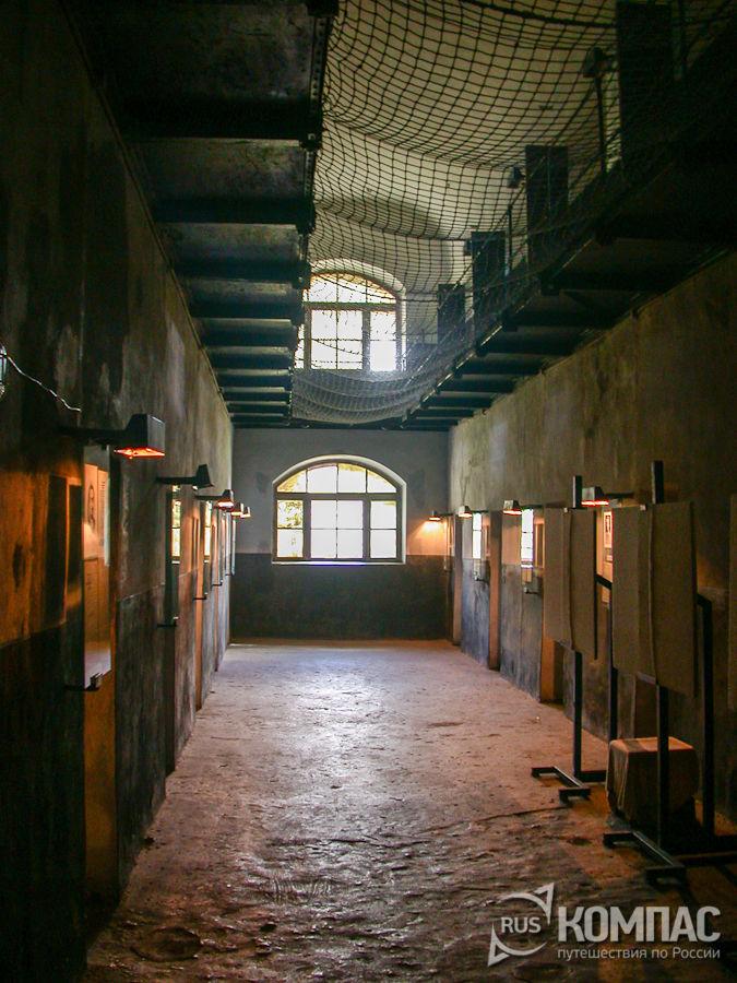В коридоре народовольческой (новой) тюрьмы