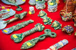 Местные сувениры (не китайские)