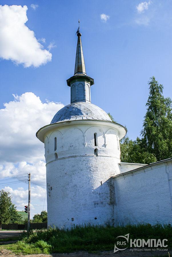 Башня монастыря, круглая