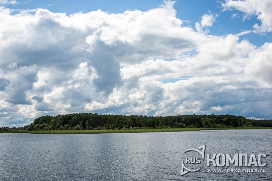 На озере Селигер не мало островов