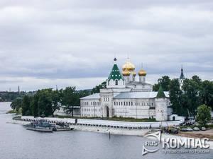 Кострома - город, монастыри