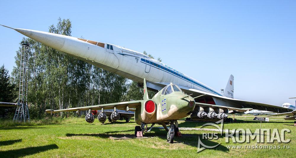 Самолеты Ту-144 и Су-24