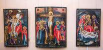 """Иконы XIX века """"Снятие с креста"""", """"Распятие"""", """"Положение во гроб"""""""