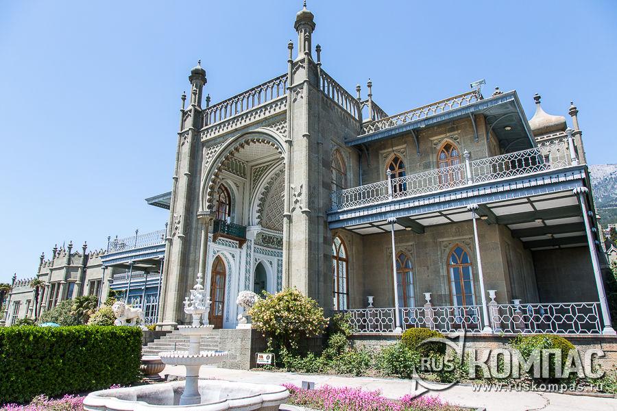 Южный фасад Воронцовского дворца в мавританском стиле