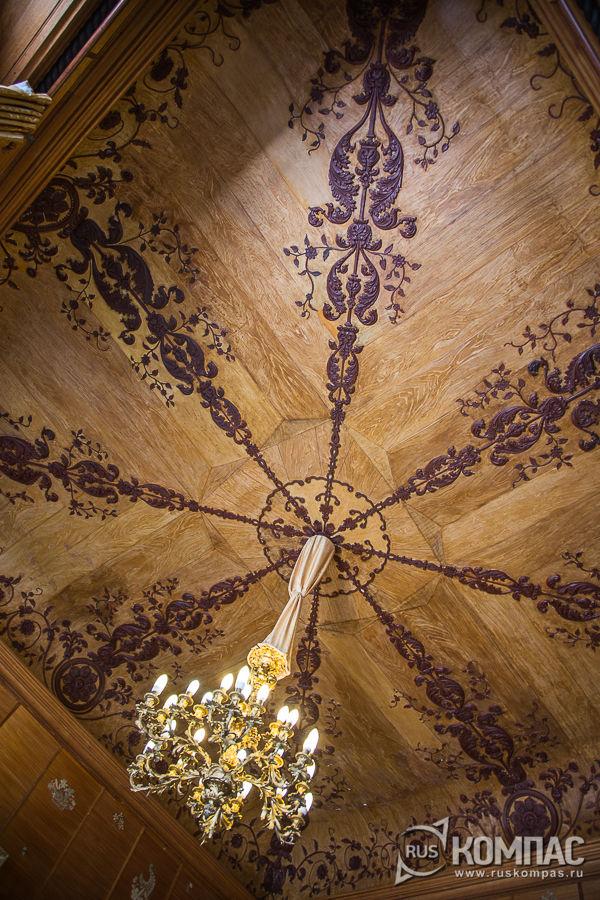 Потолок в китайском кабинете