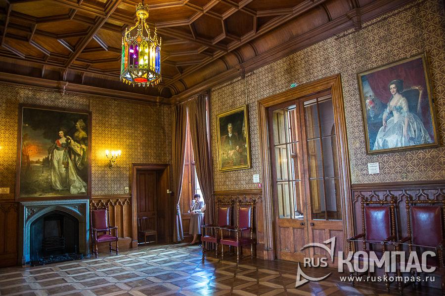 Парадный вестибюль Воронцовского дворца