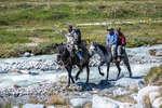 Переправа на конях через реку Аргамджи