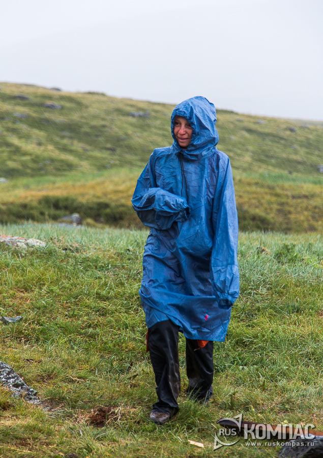 Под дождем на спуске с перевала Бугымуиз