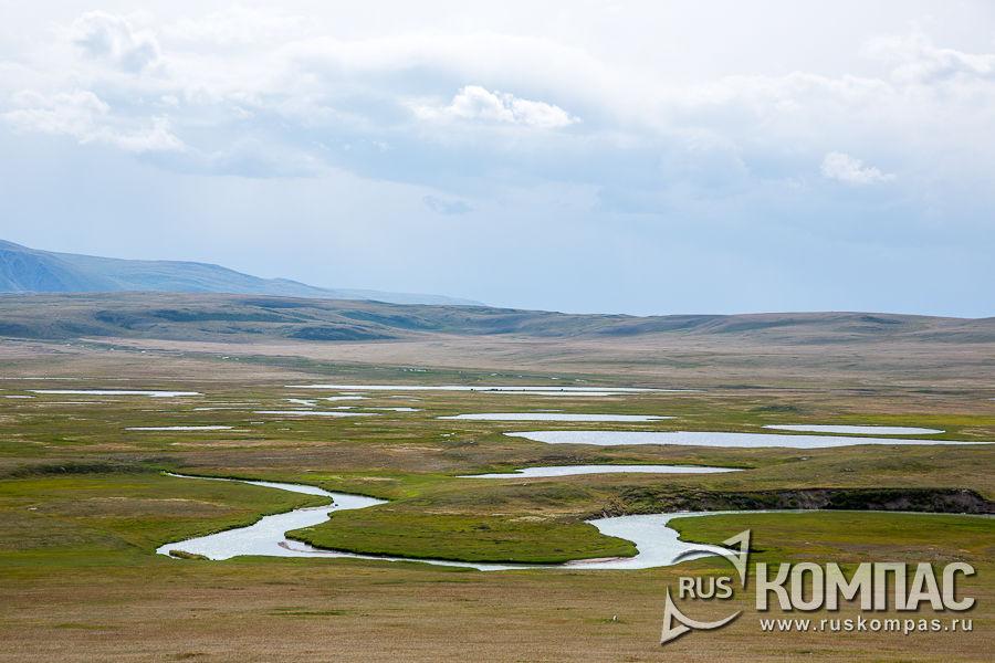 Изгибы реки Калгуты на Укоке