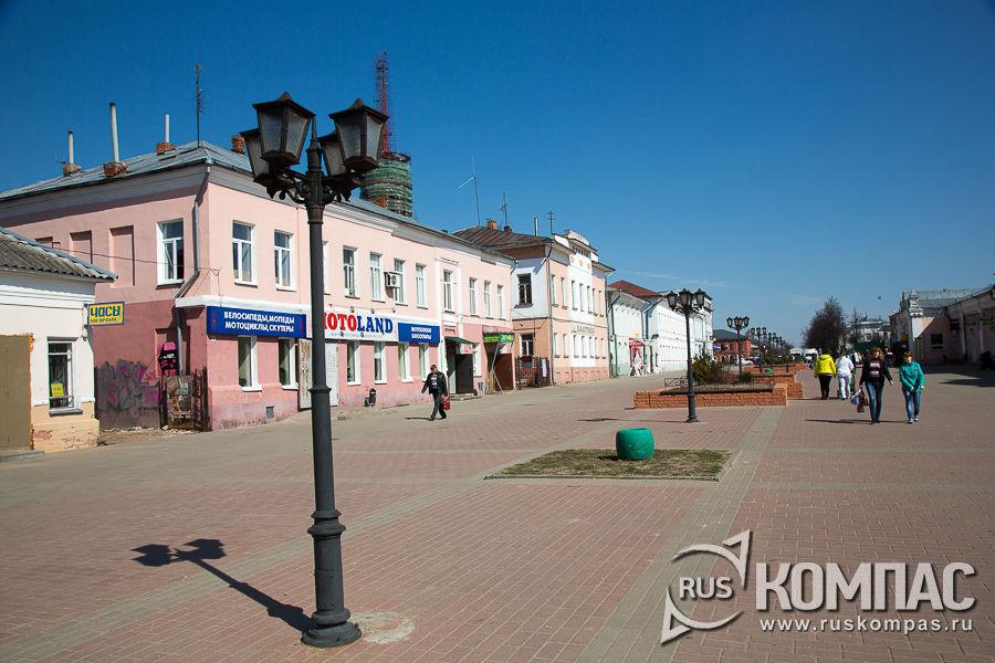 Пешеходная улица Малахия Белова и бавший дом купца М.А. Соколова