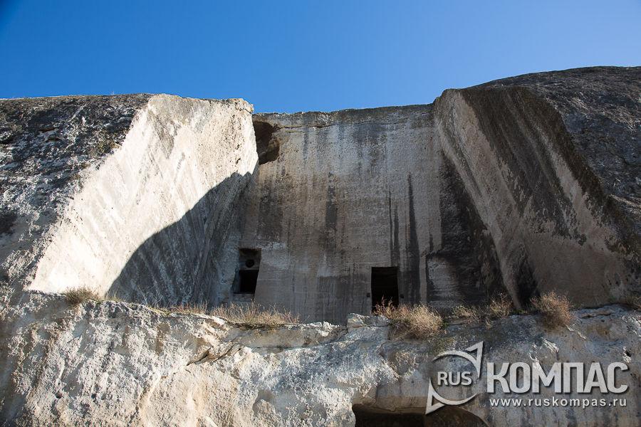 Монастырская скала