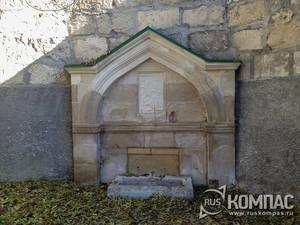 Источник святого Климента в Свято-Климентовском пещерном монастыре
