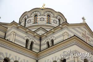 Главный купол Владимирского собора