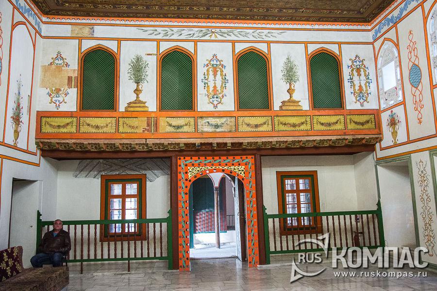 Зал Ханского дивана (Зал Ханского совета)