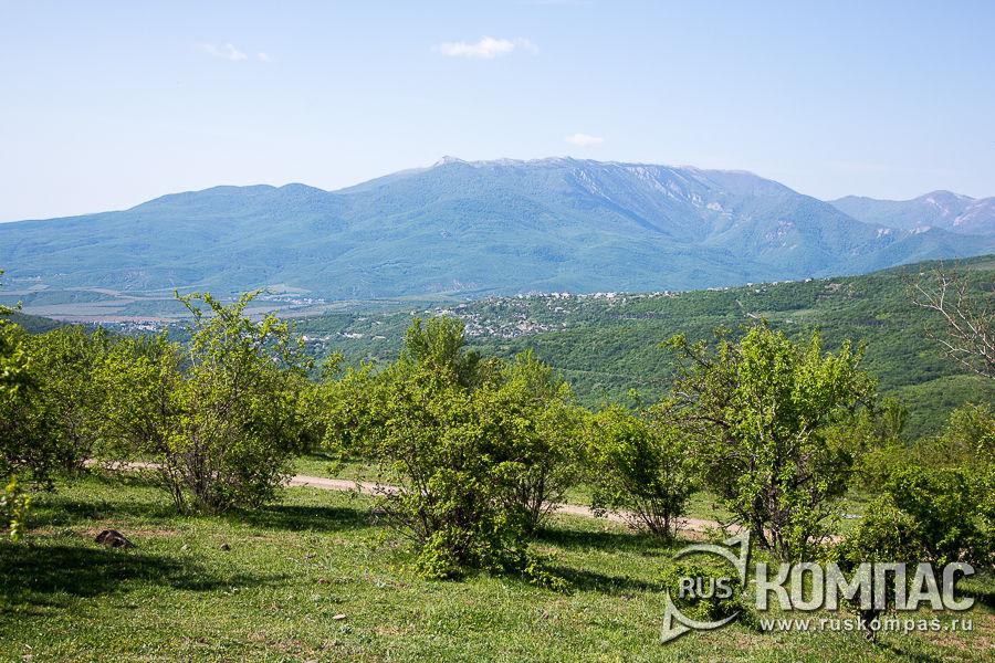 Тропа к вершине Демерджи от села Лучистое
