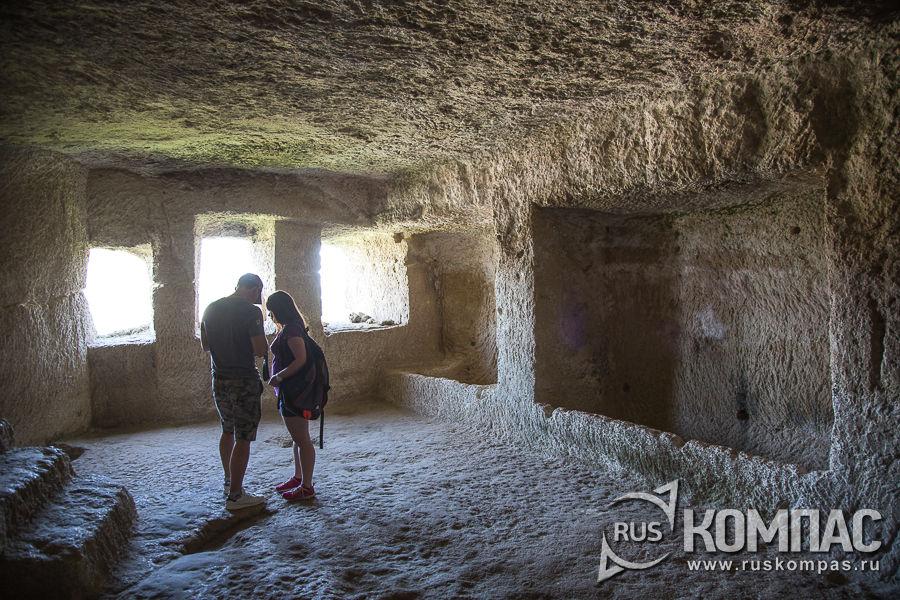 Нижняя пещера Чауш-Кобасы