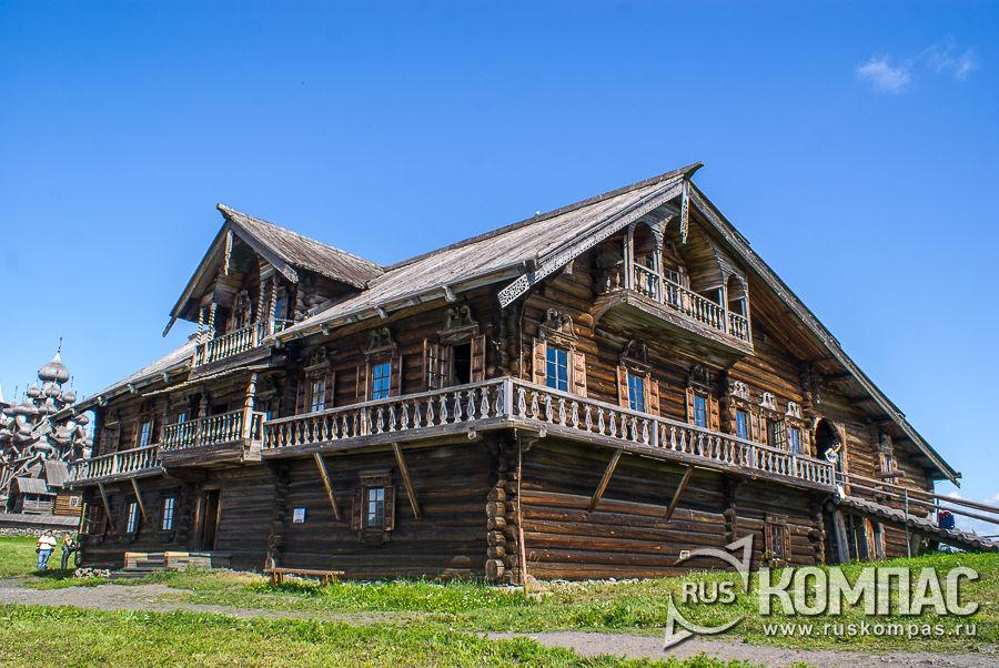 Двухэтажный дом Ошевневых, типа «кошель»