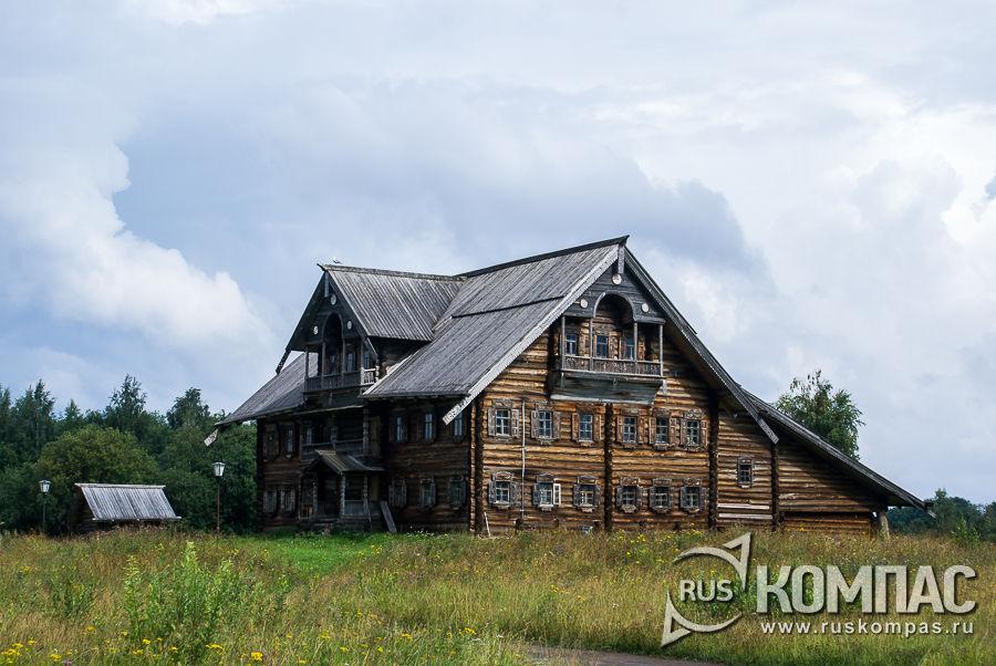 Дом Сергина и амбар Абрамовой из д. Великая Нива