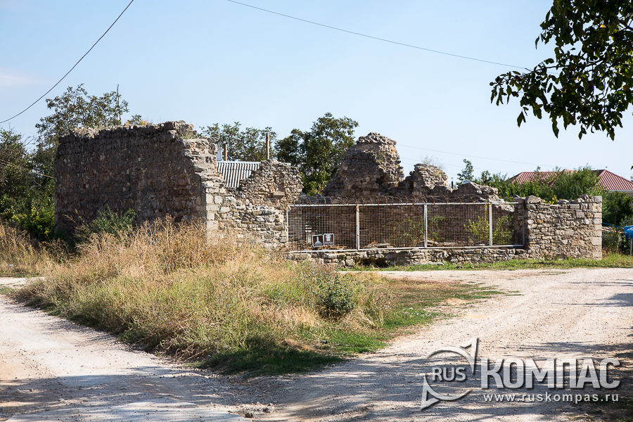 Развалины мечети султана Бейбарса