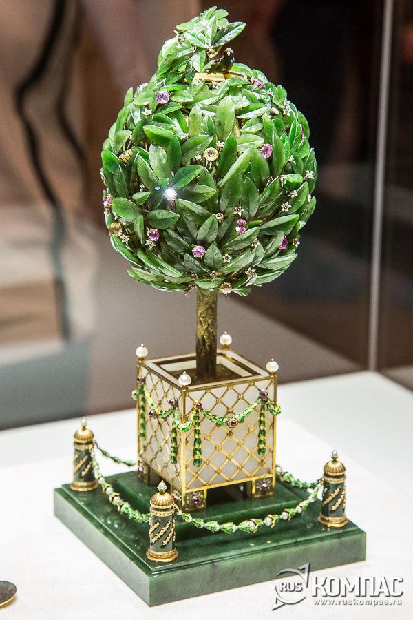 Пасхальное яйцо «Лавровое дерево» фирмы К. Фаберже для Марии Федоровны, 1911 год