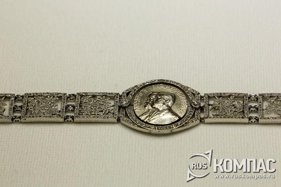 Колье-браслет из серии «Морозные узоры» для семьи Нобелей, фирма К. Фаберже, мастер Альберт Хольмстрем
