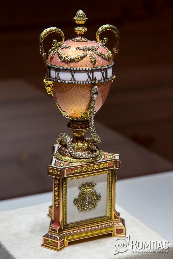 Яйцо-часы герцогини Мальборо фирмы К. Фаберже, мастер М. Перхин, 1902 год
