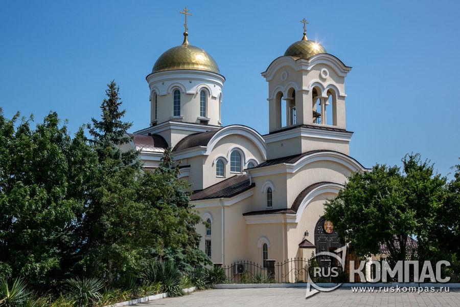 Свято-Ильинский храм в поселке Мысхако