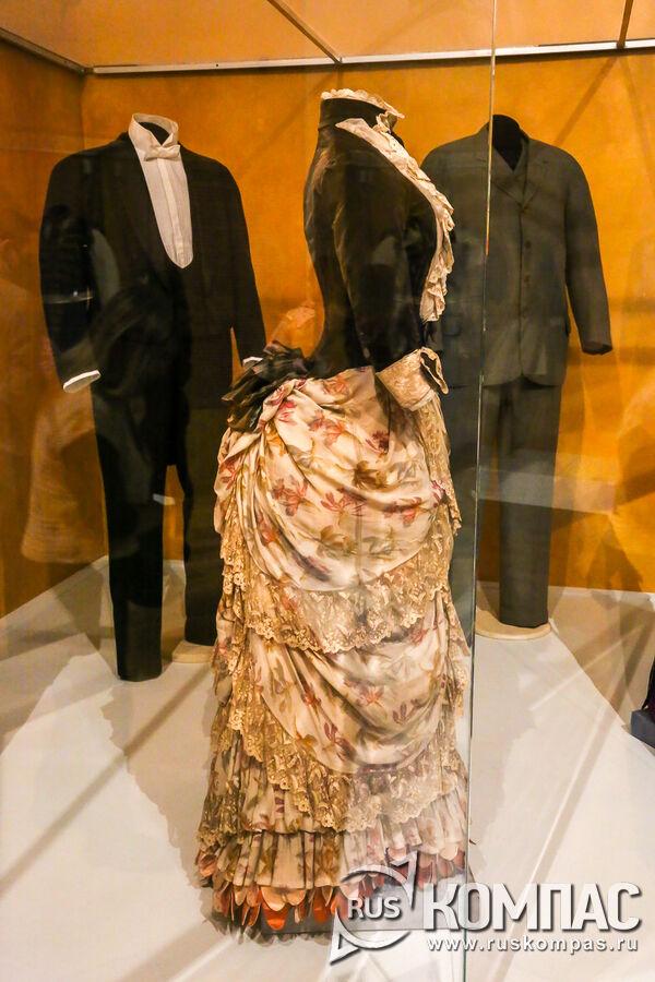 Платье Марии Фёдоровны с одной из коронационных встреч, 1883 г.