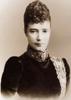 На этом фото Мария Фёдоровна в том самом визитном платье модного дома Чарльза Ворта, показанное чуть выше