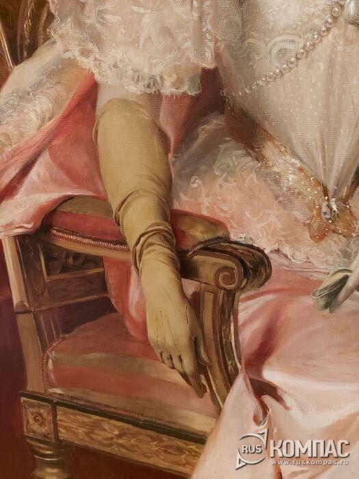 На портрете Зинаиды Юсуповой детально прописана изящная рука княгини в перчатке  (Франсуа Фламенг, 1894 г.)