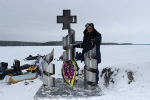 Памятник жертвам трагедии февраля 1942 года открыт в Петровском Яме
