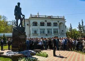 В Севастополе открыт памятник адмиралу Дмитрию Сенявину