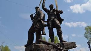 Памятник спасателям и пожарным уже установили в Иркутске