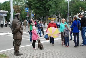 Накануне Дня города в Калуге открыли памятник городовому полиции