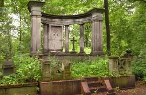 Смоленское лютеранское кладбище признали объектом культурного наследия