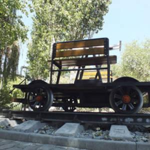 В Волгограде открыли памятник железнодорожникам