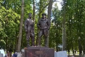 В Иванове установлен памятник авиаполку «Нормандия-Неман»