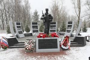 В Петербурге открыли мемориал «Подвигу метростроевцев 1941-1945гг.»
